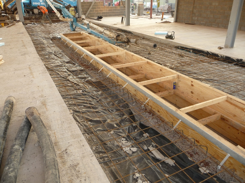 shuttering-to-garage-pit