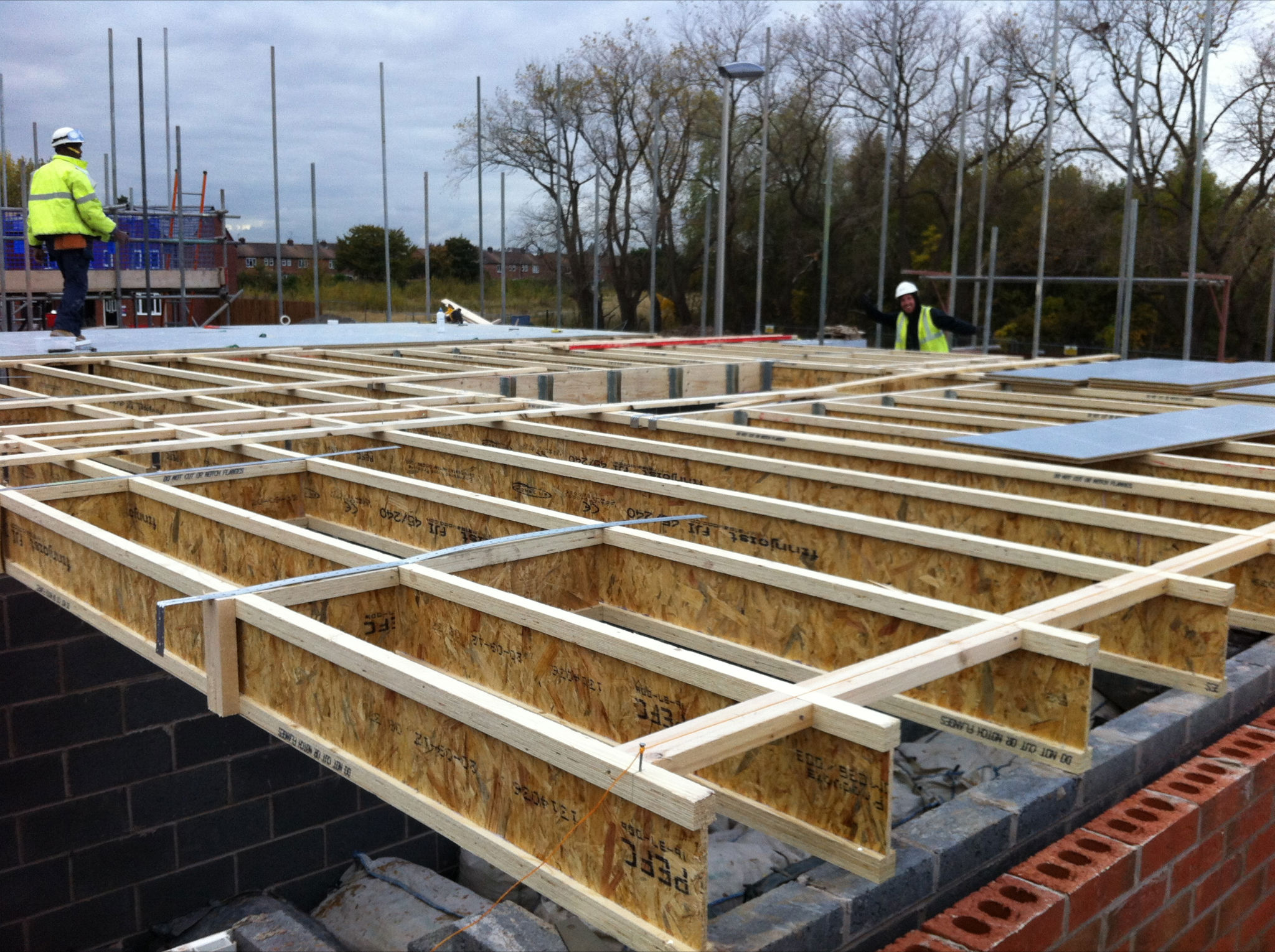 Timber frame floor joist ing carpet vidalondon Floor joist trusses